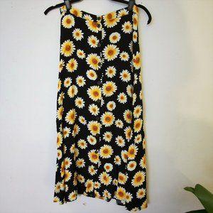 Forever 21 Daisy Print Skirt